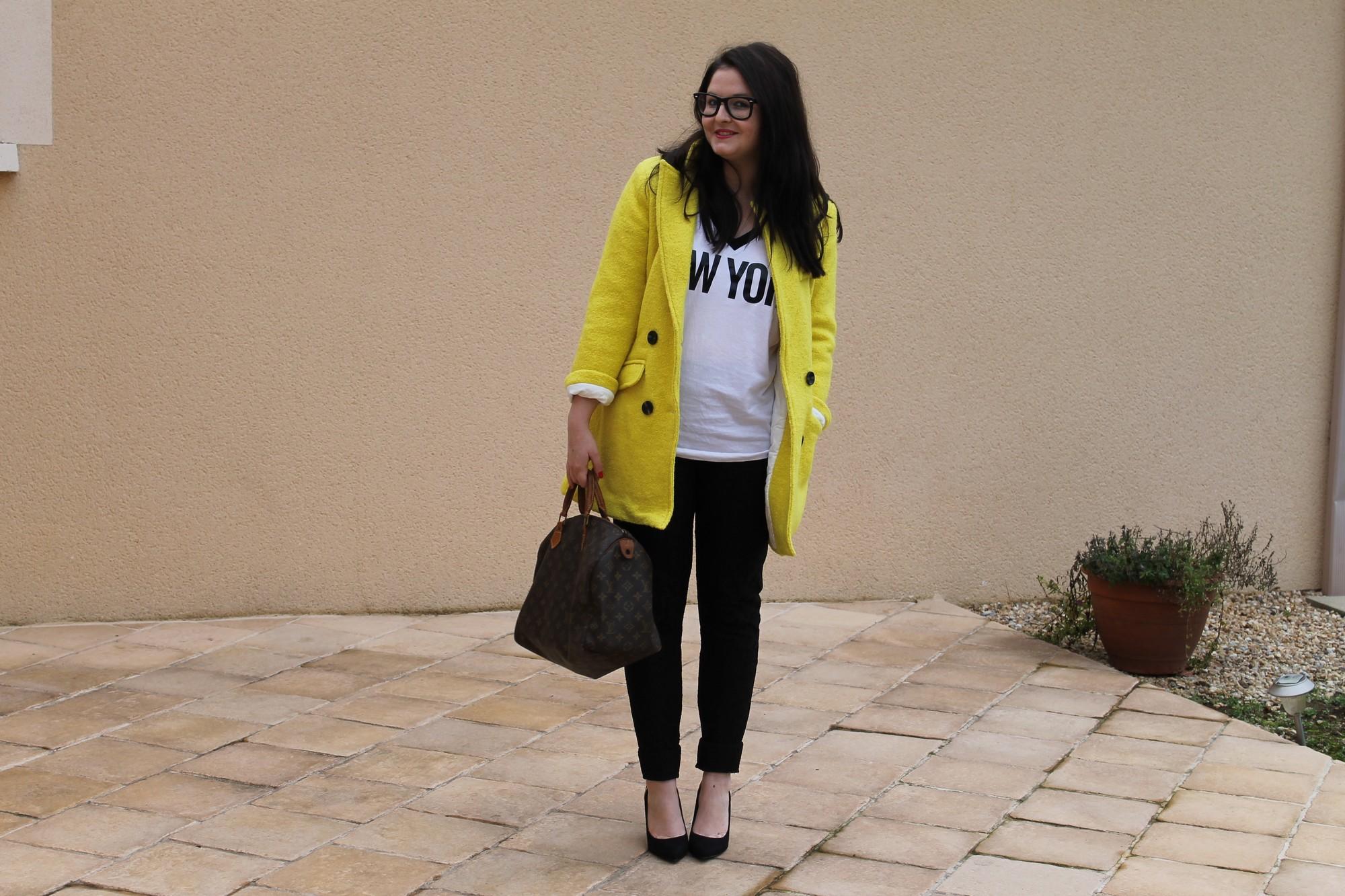 jaune UNE