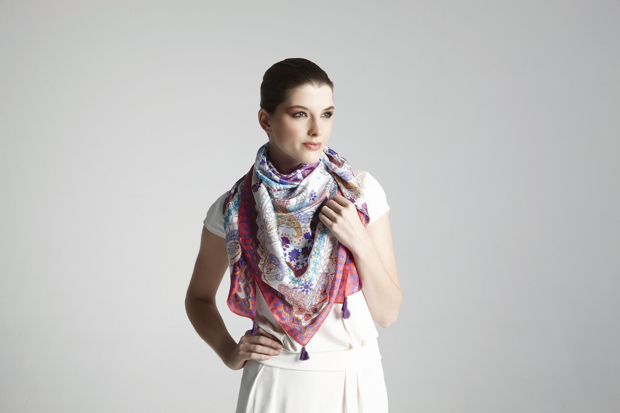 Promeco sjaals met model 23-01-150218