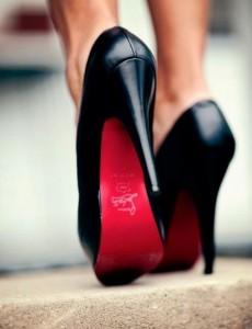 Concours-Kiwi-Shoe-Passion-une-paire-de-Louboutin-à-gagner1-e1367873781889