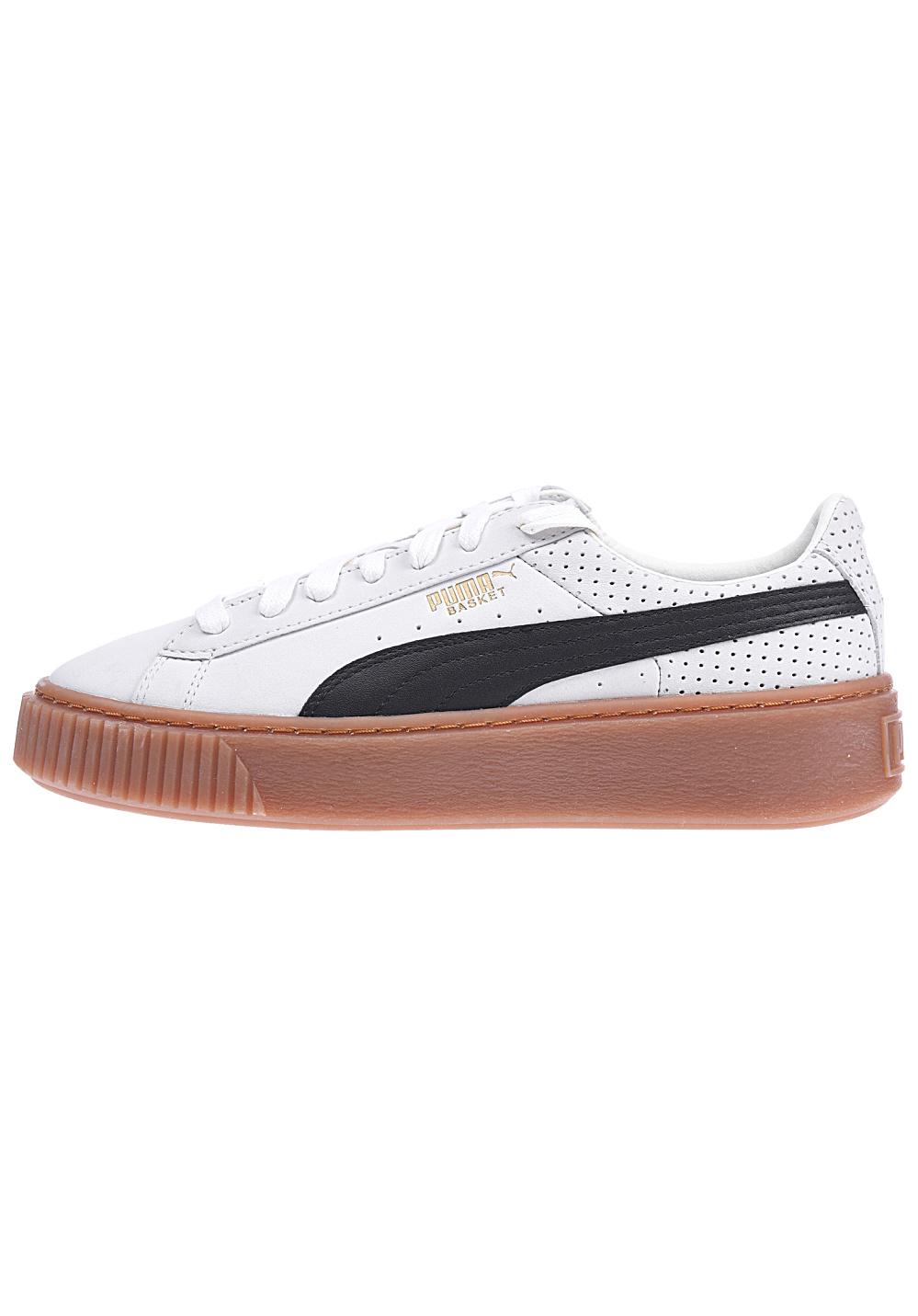 puma-basket-platform-perf-gum-baskets-femmes-beiges